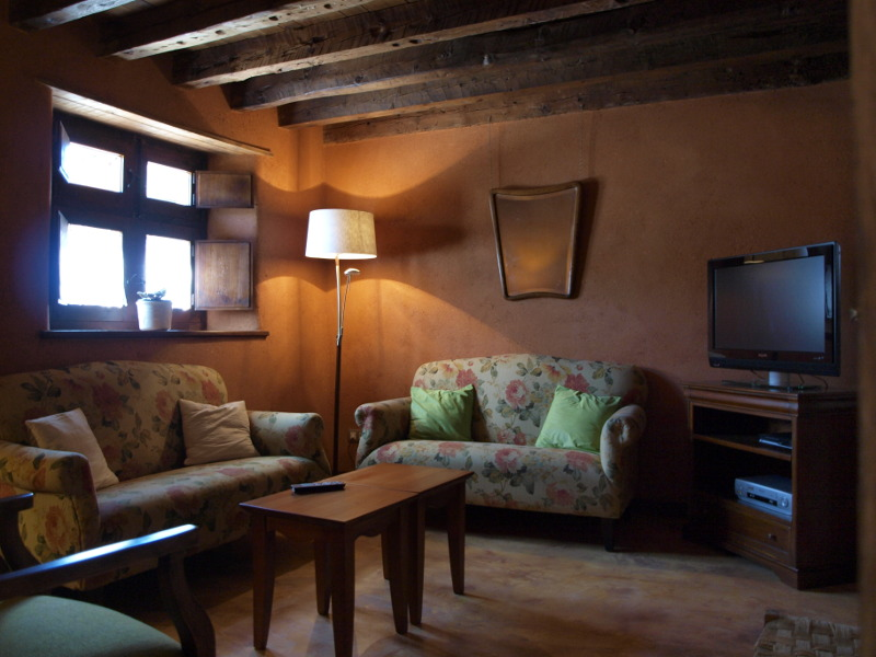 sitting room in guest house, soria